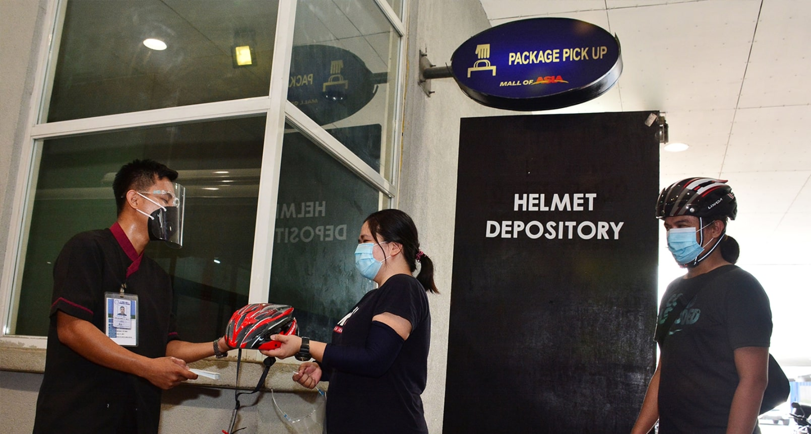 Helmet depository in the SM Mall of Asia