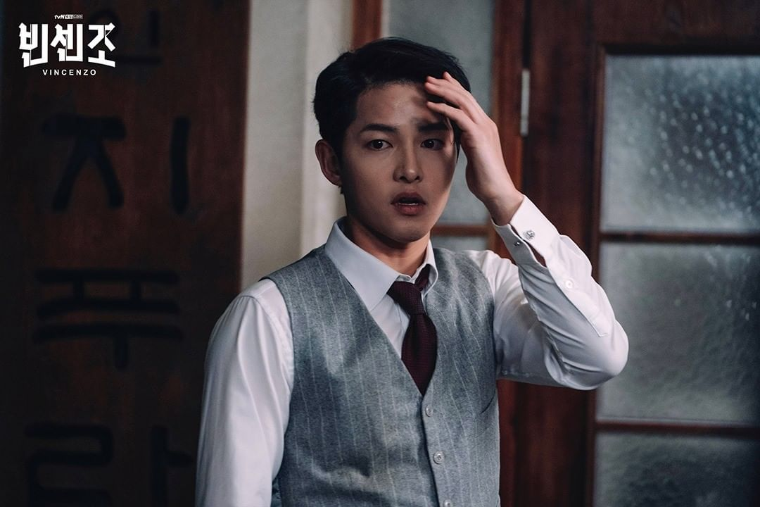 Song Joong Ki as an Italian lawyer in Vincenzo