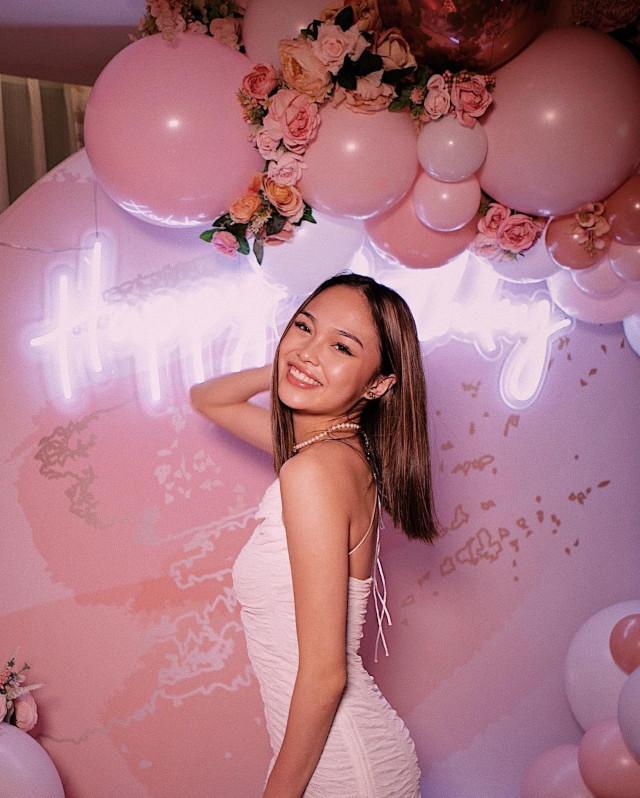 AC Bonifacio's birthday pose