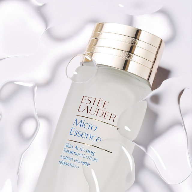 Fix damaged skin barrier: Estée Lauder Micro Essence Skin Activating Treatment Lotion