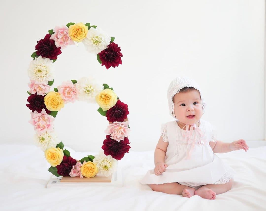 Dahlia Amélie at six months
