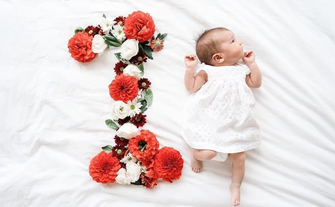 Dahlia Amélie at one month