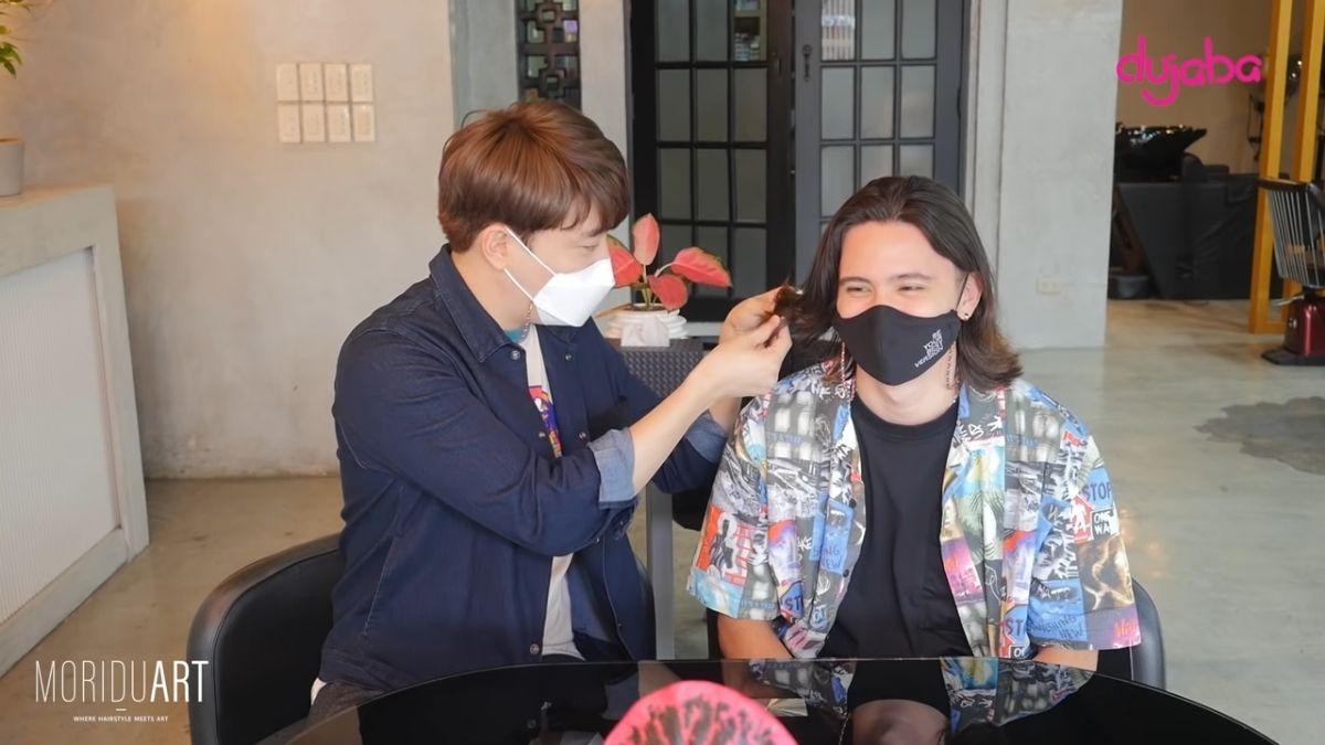 Ryan Bang checks James Reid's hair