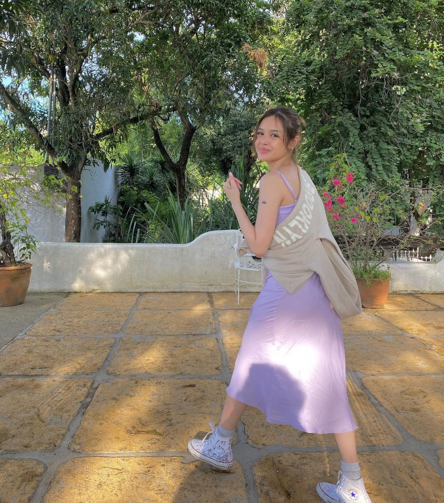 Bea Marin Sneaker Outfit