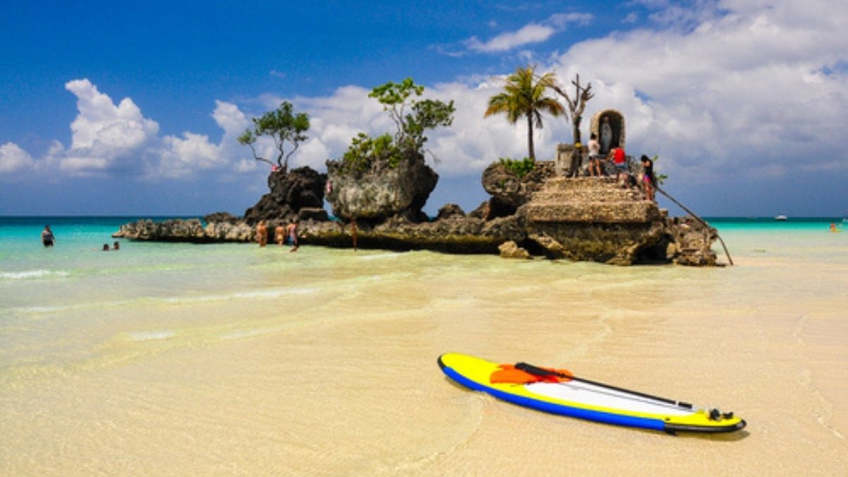 philippine travel destinations: boracay