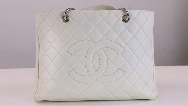 Chanel bag restoration: Result