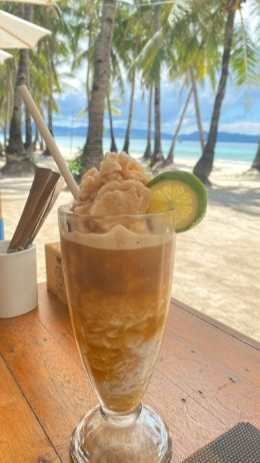 Boraca travel requirements: calamansi shake by the beach
