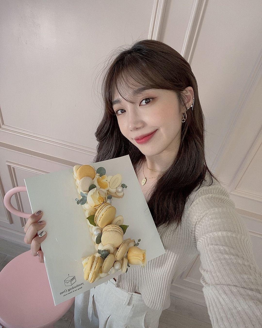 Apink's Eunji:
