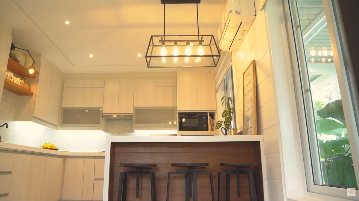 Bea Alonzo farm house tour in Zambales: indoor kitchen