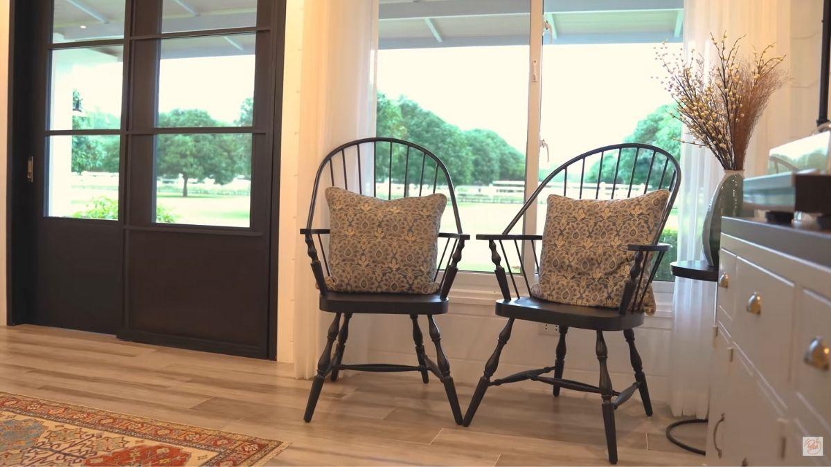 Bea Alonzo farm house tour in Zambales: windsor chair
