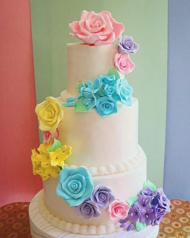 The Sugar Garden Floral Cake - Tiered
