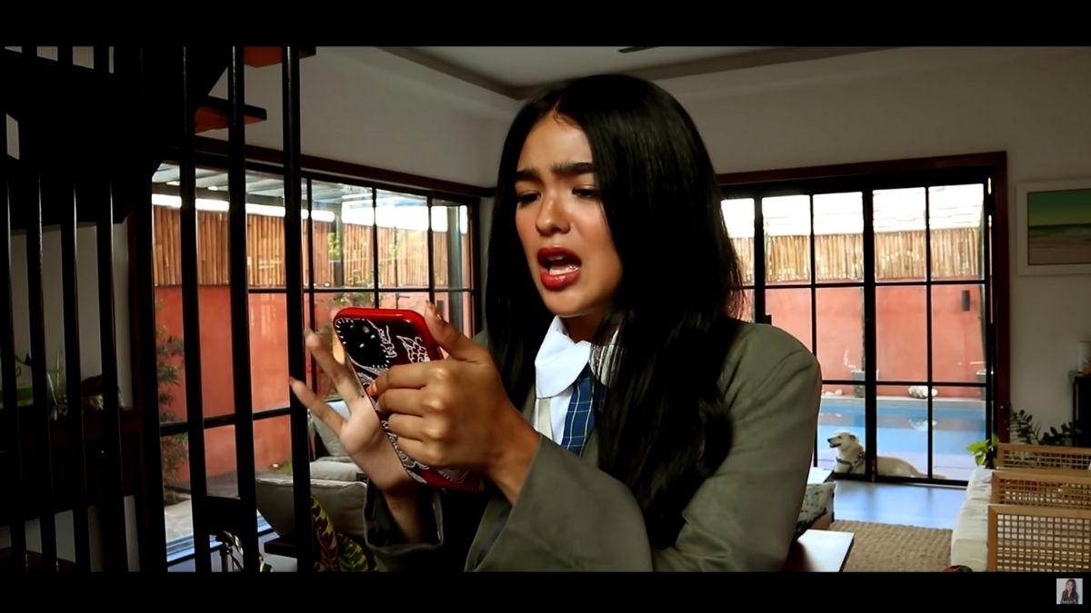 Andrea Brillantes channels Marga Mondragon in new vlog