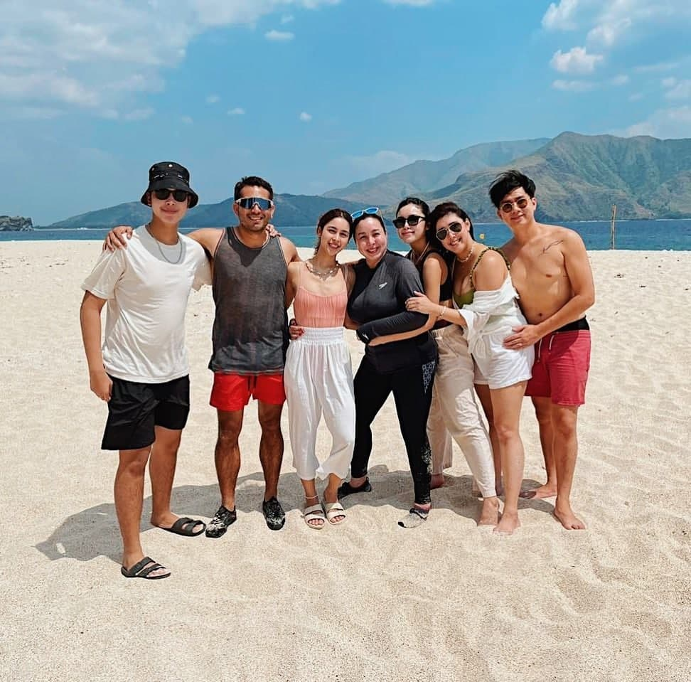 Gerald Anderson with the Barretto Family