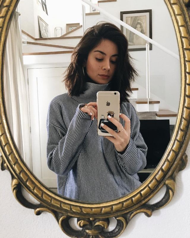small mirror selfie: Mari Jasmine