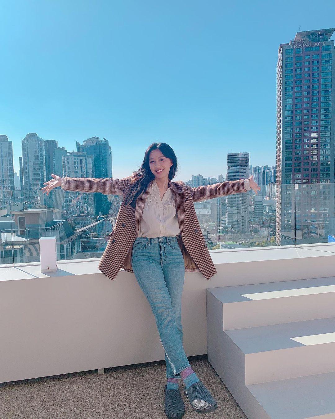 Kim Ji Won's new projects