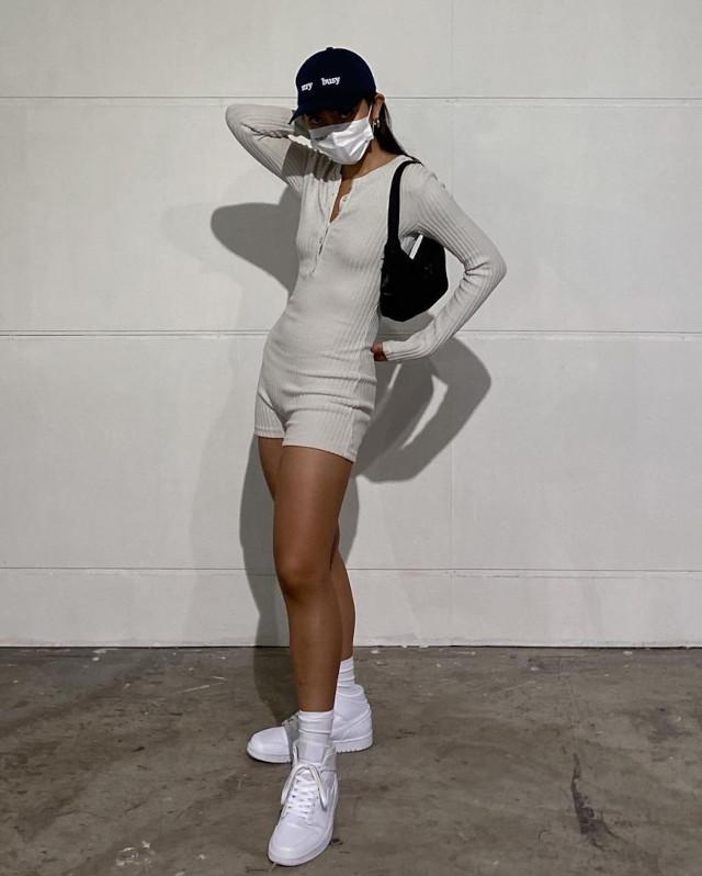 Ida Anduyan white outfit idea 4