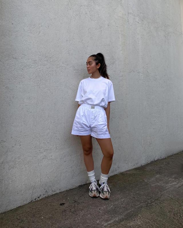 Ida Anduyan white outfit idea 5