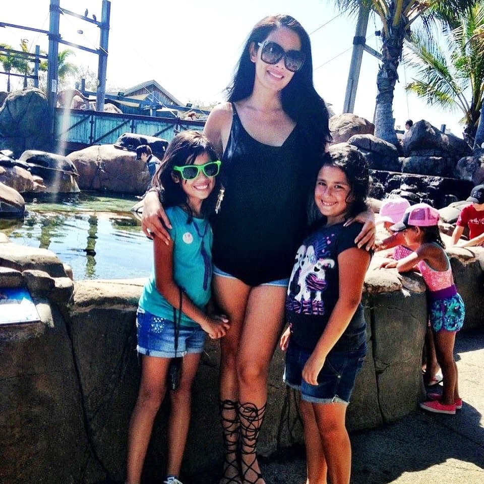 Ruffa with her two daughters enjoying the waterpark