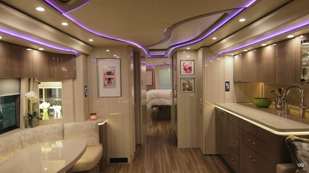 Inside Justin Bieber's tour bus: interiors