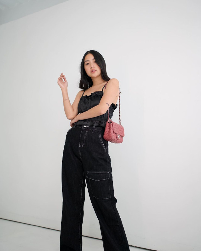 Rei Germar Monochromatic Outfit 9