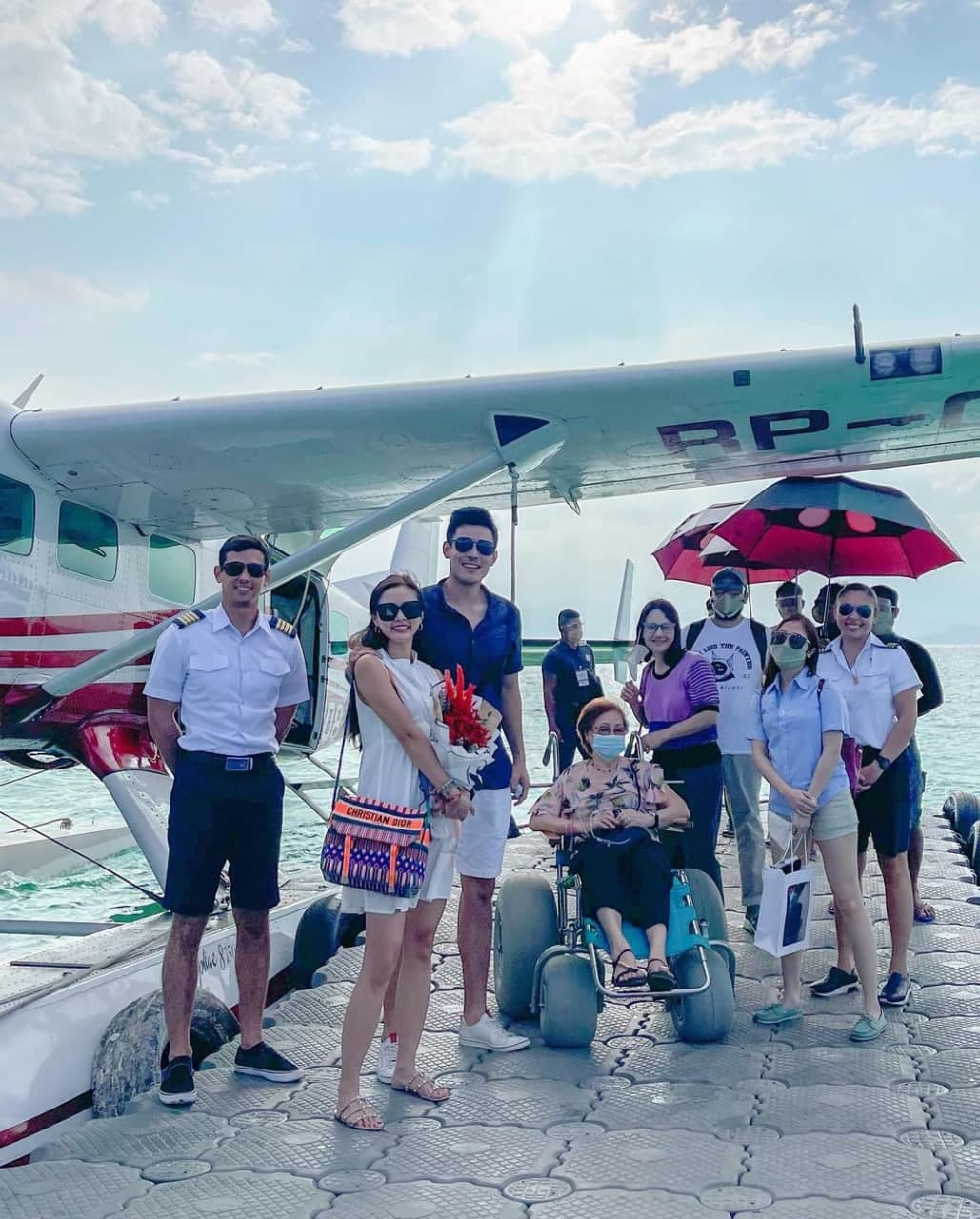 Kim Chiu and Xian Lim with their family on a trip