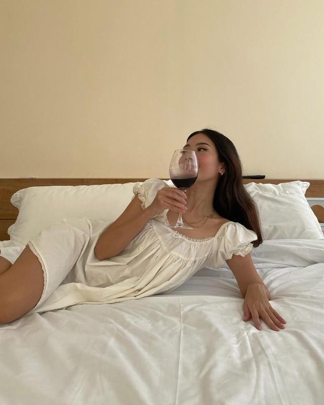 Summer outfit: Rhea Bue wearing a dress