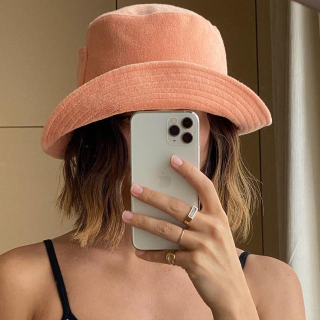 Mari Jasmine wearing a bucket hat