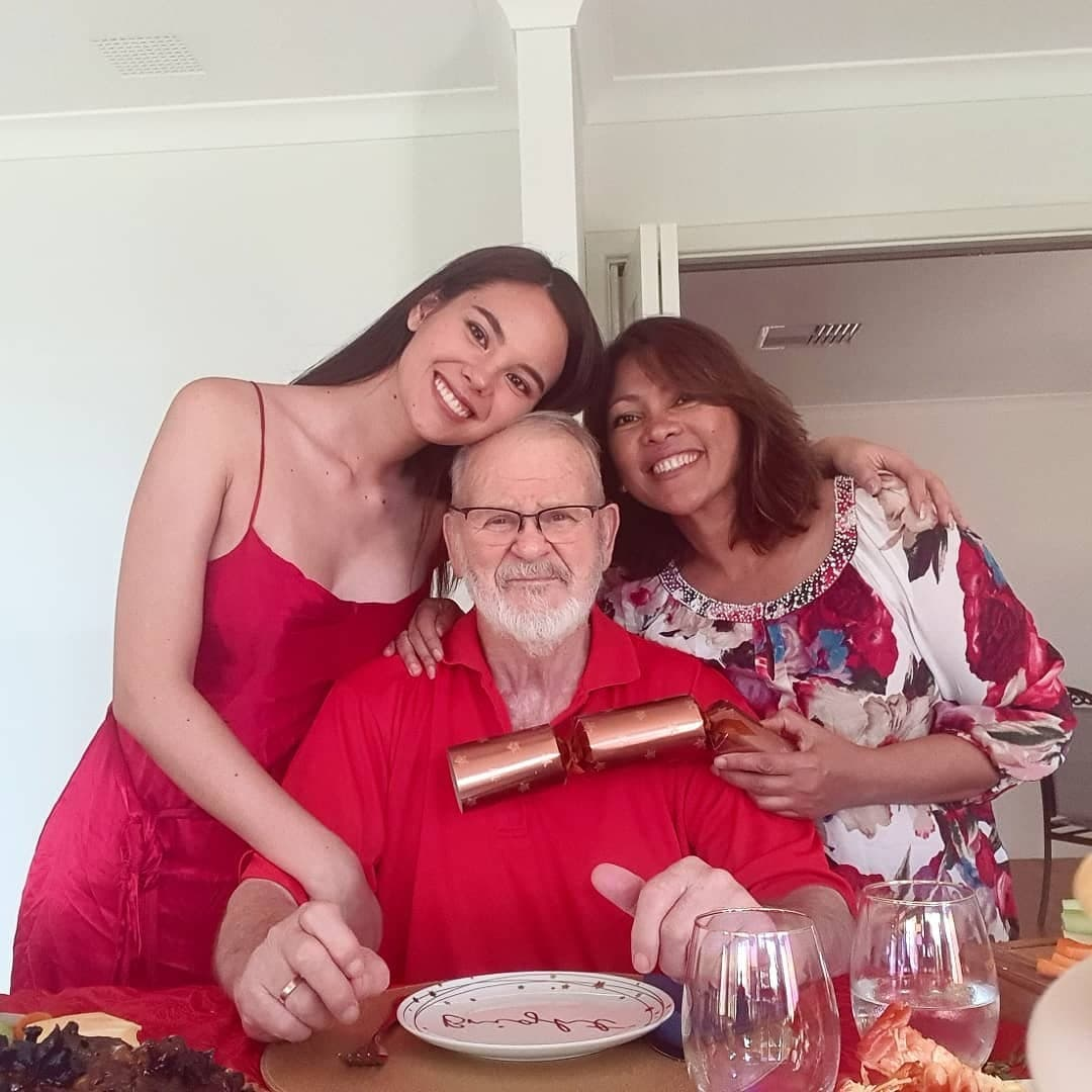 Catriona with her mom and dad.