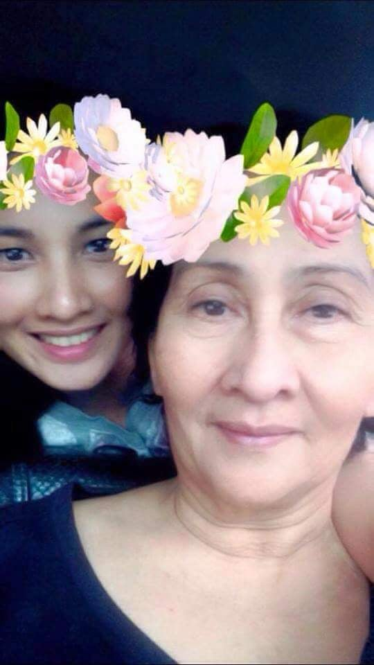 Family photo of a Pinay and her lola - Chesca