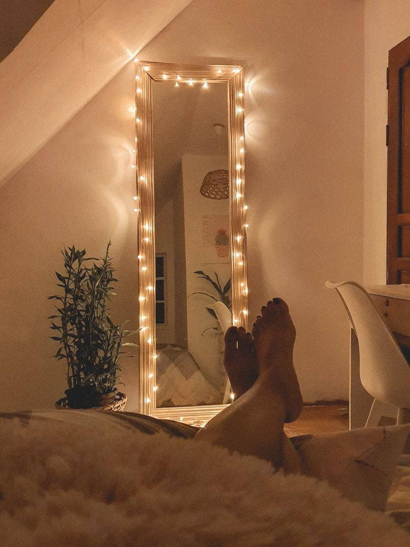DIY room makeover - mirror and light