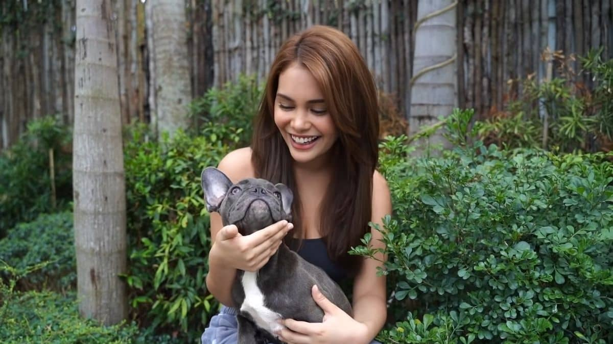 Ivana Alawi surprises mom for Mother's Day with a French bulldog
