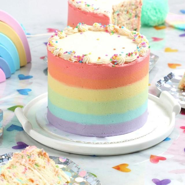 Where to buy rainbow cakes: M Bakery