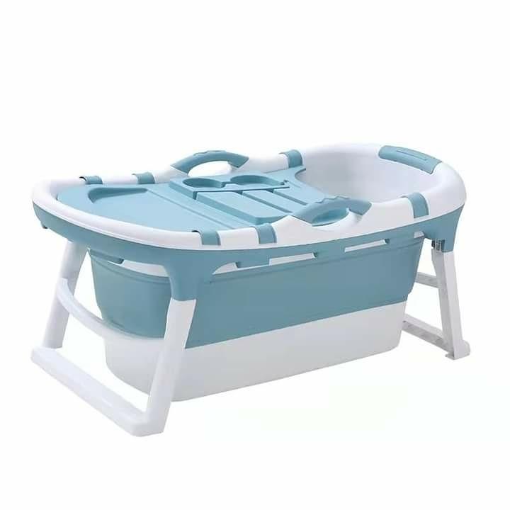 portable bath tub in blue