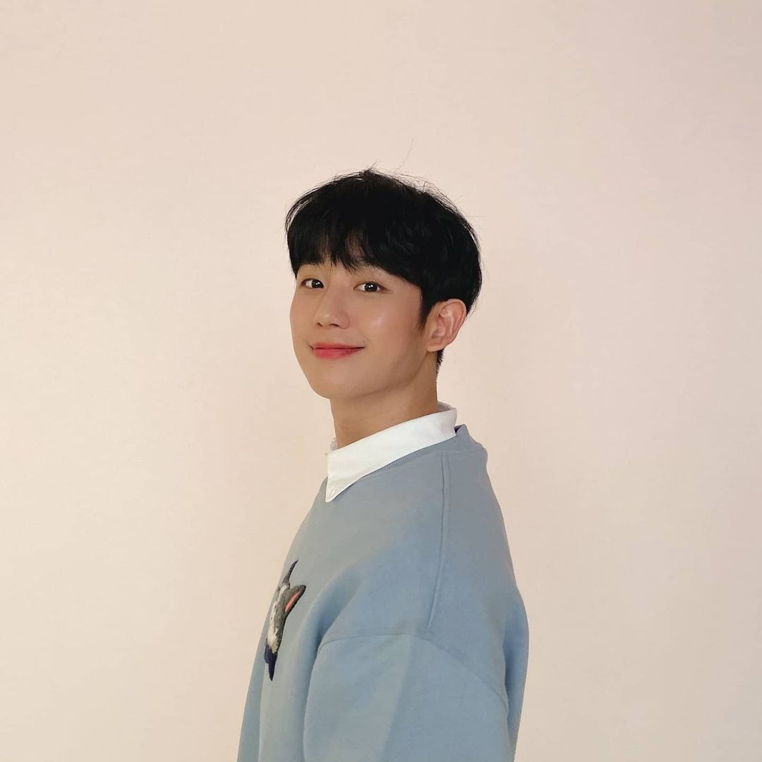 Korean actors who are starring in multiple K-dramas this year: Jung Hae In