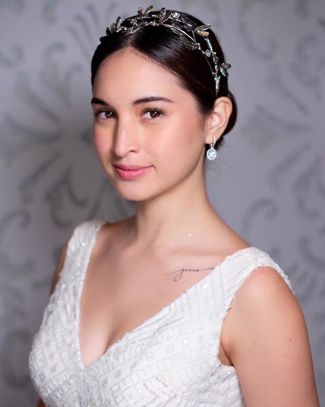 no makeup look for brides, wedding: Coleen Garcia
