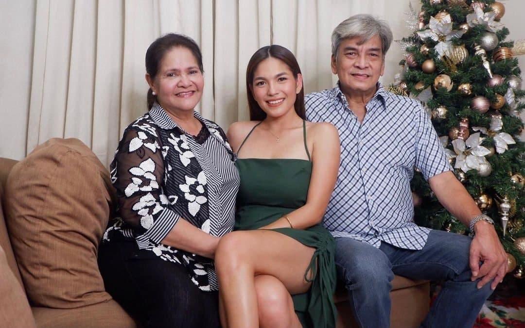 Andrea Torres parents