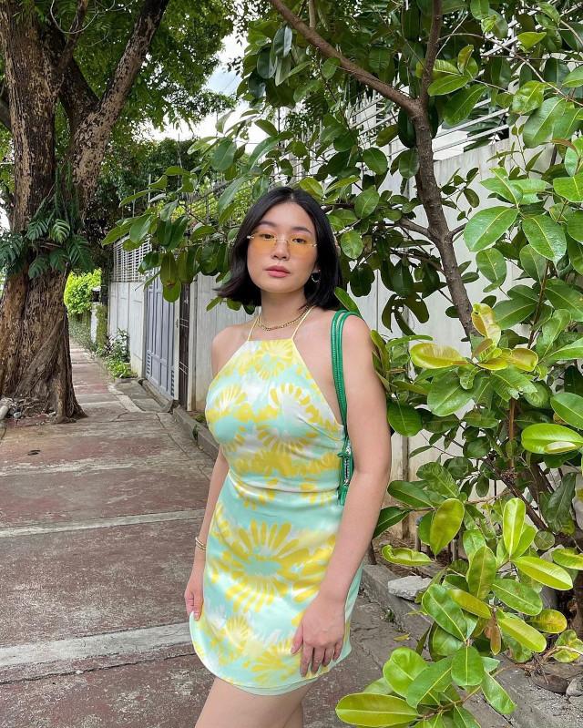 Green outfit: Toni Sia