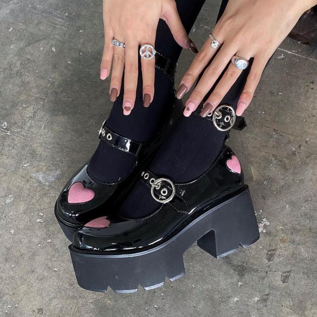 Ashley Garcia chunky platform heels shoefie