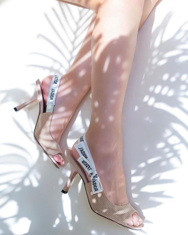 Heart Evangelista high heels shoefie