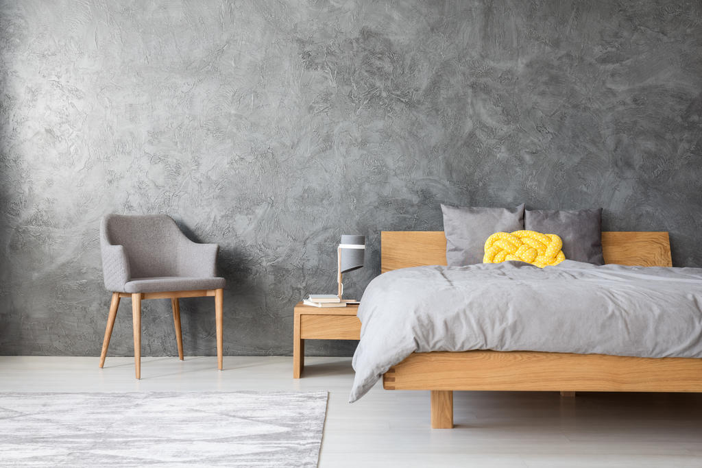 minimalist room design tips: go dark colors