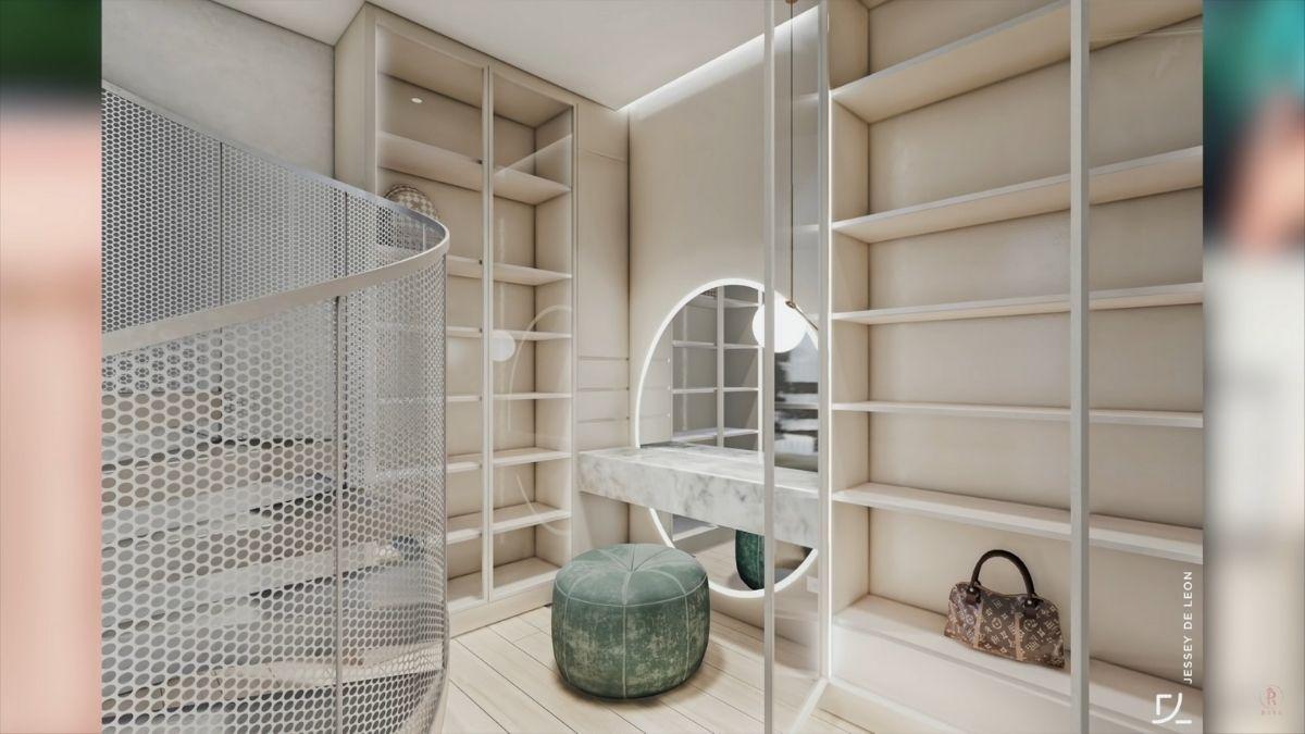 Riva Quenery walk-in closet design