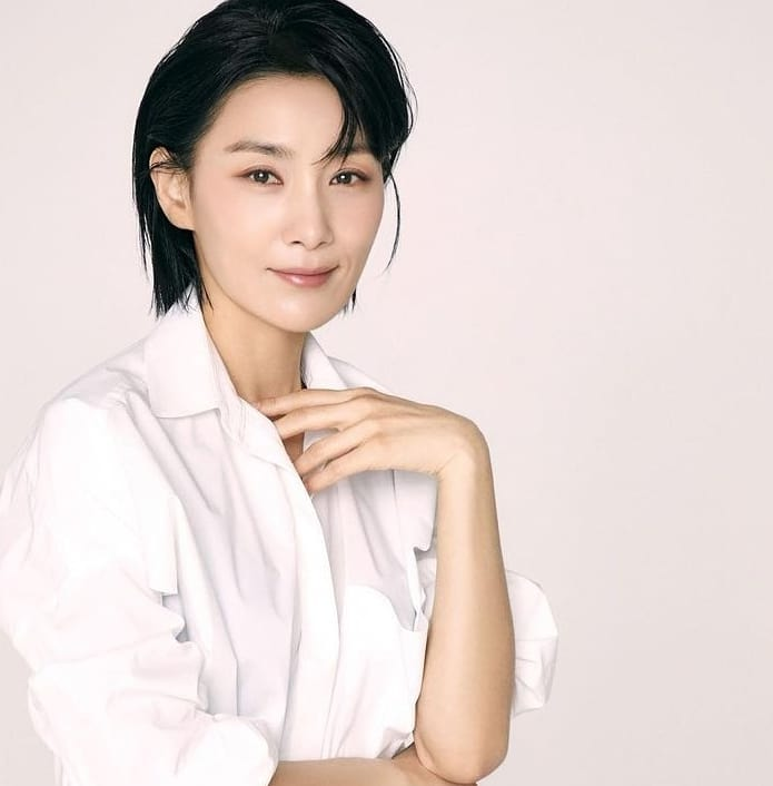 Korean actors who are starring in multiple K-dramas this year: Kim Seo Hyung