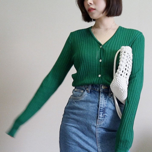 Cardigan outfits: Dear Jerry
