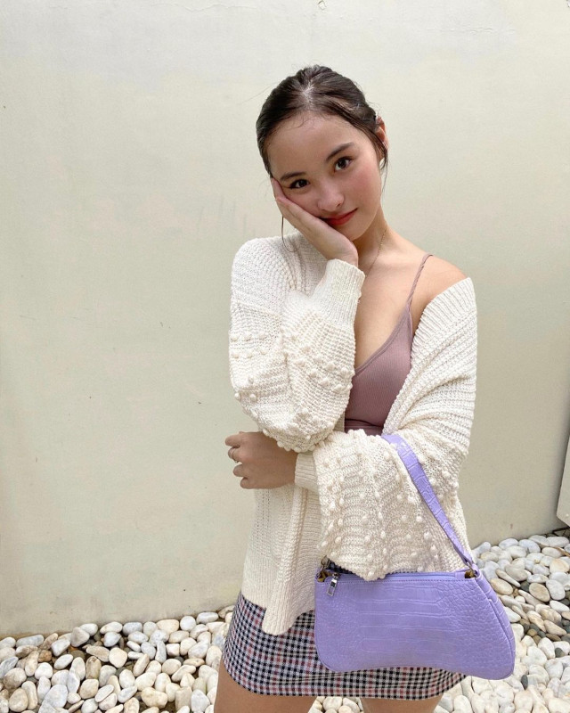 Cardigan outfits: Magui Ford