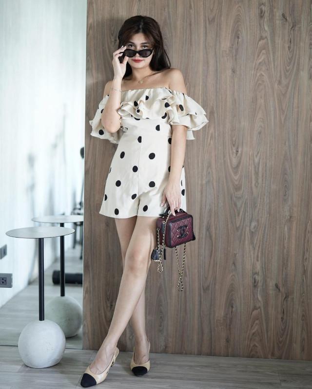 Off-shoulder outfit: Vern Enciso