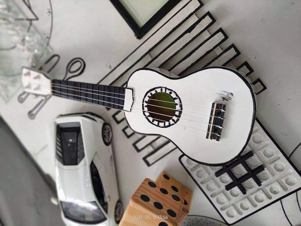 Panahon Ko 'To Cafe painted ukulele