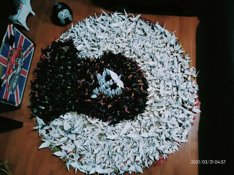 Panahon Ko 'To Cafe, 1000 paper cranes