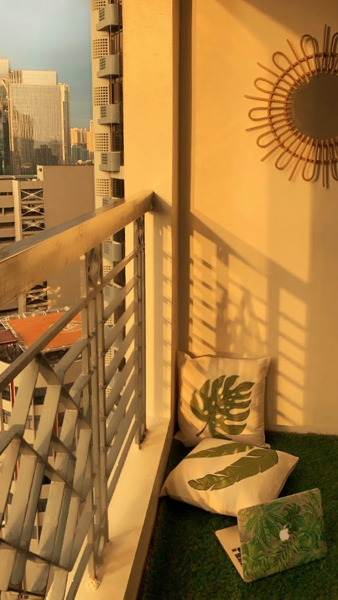 boho-inspired home makeover: balcony
