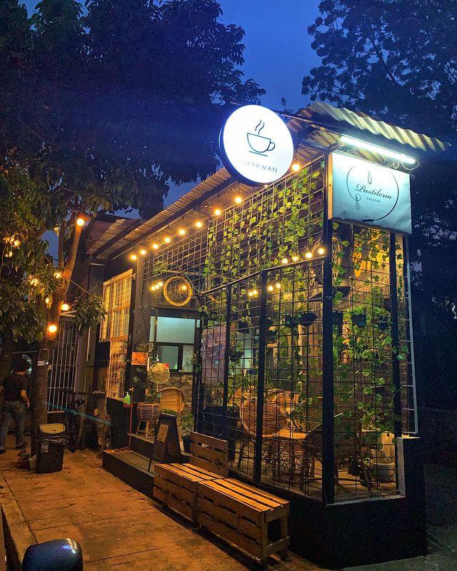 roadside coffee shop - Inarawan Cafe in Marikina