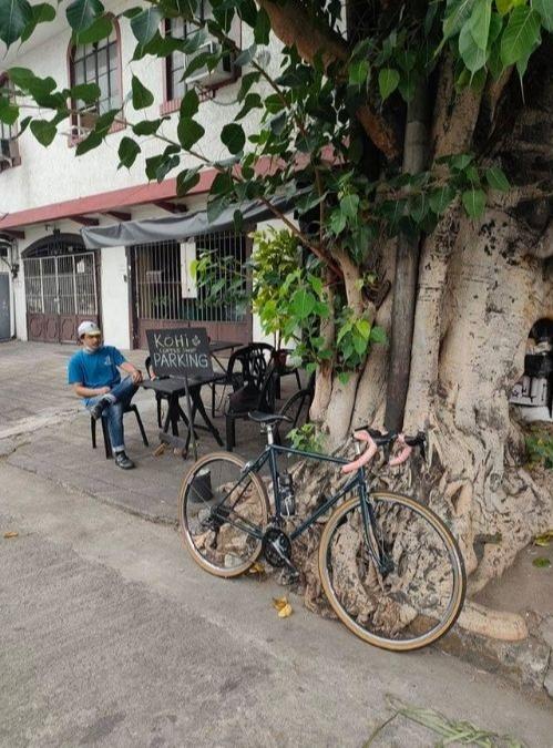 roadside coffee shop - Kohi in Makati